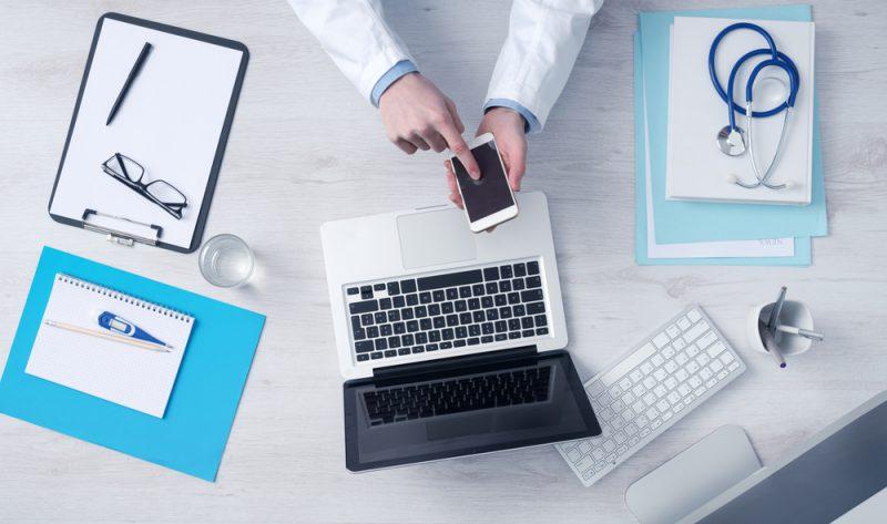 医師バイトドットコムへ登録した情報の変更方法